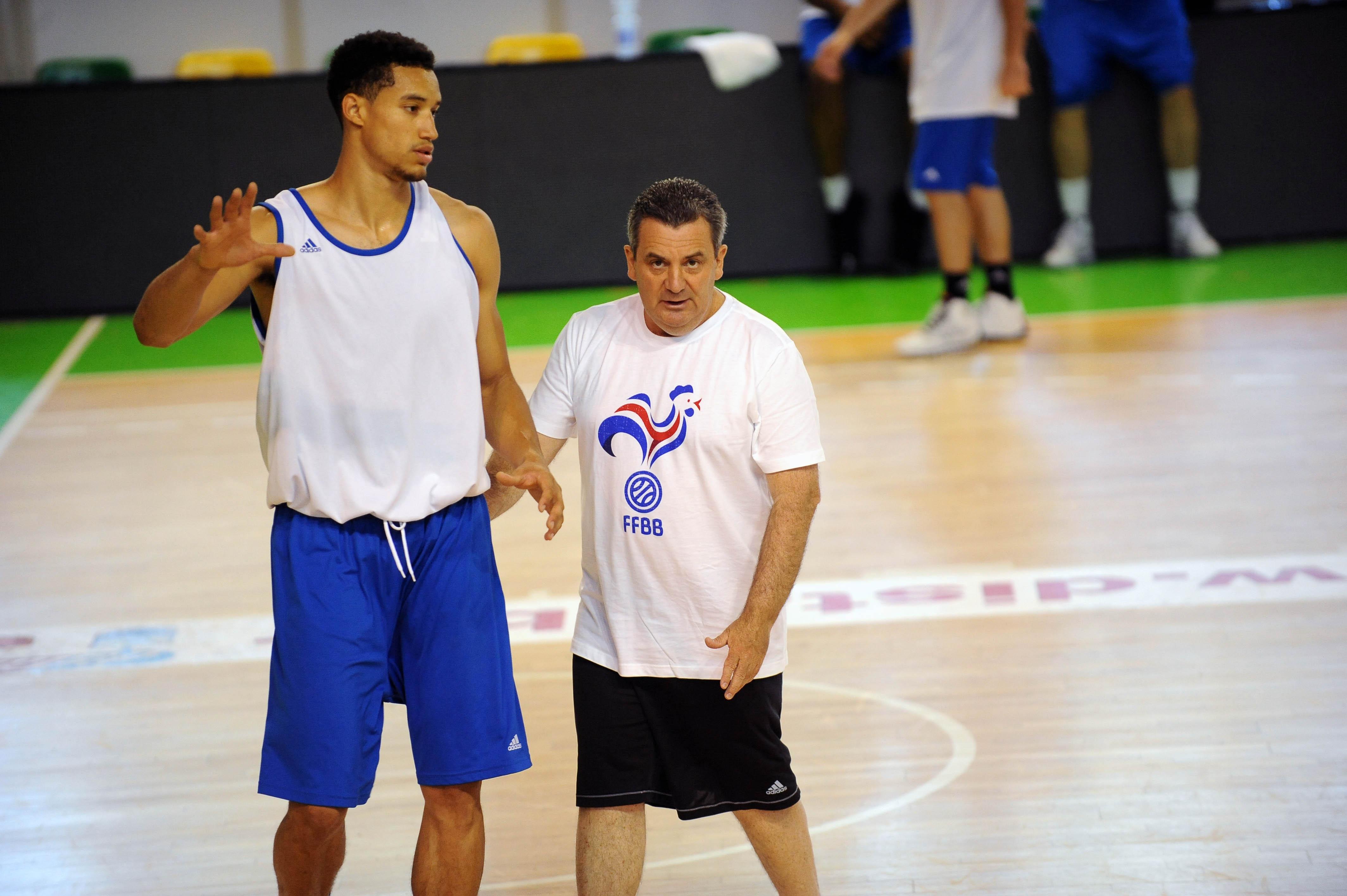 Basket 2014 2013 Jeunes News Masculin Juin m8n0wN