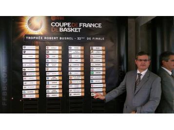 Jean-Pierre Hunckler a effectué le tirage au sort de la Coupe de France