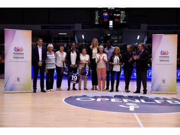 Lors de la remise des prix par Thierry Braillard à l'Open LFB 2016