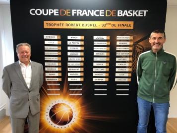 Jean-Pierre Siutat a effectué le tirage au sort des 1/32e de finale de la Coupe de France masculine en présence de Philippe Legname