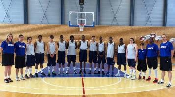 11 joueurs et joueuses qui ont participé au camp TGG